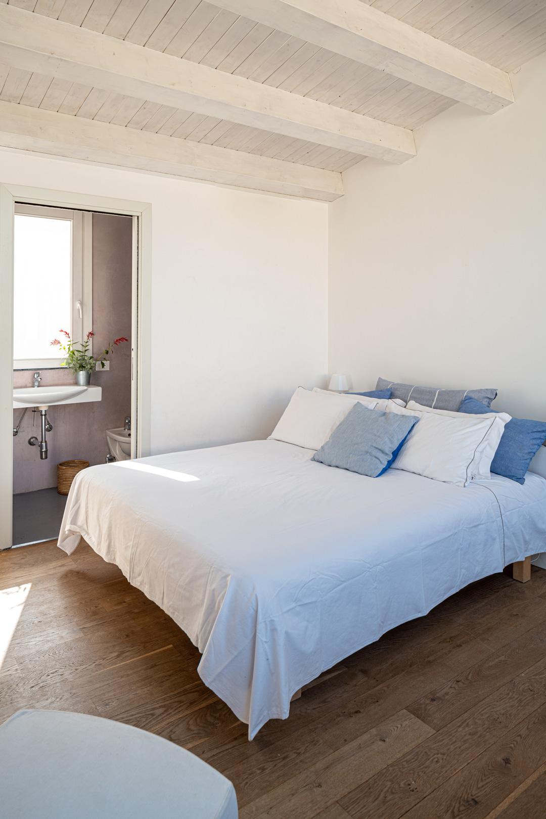 Casa Cerasuola - Camera superiore con bagno